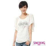 SOMETHING 肩開衩愛心巴黎T恤-女-白色