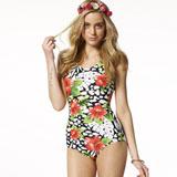 【SAIN SOU】大女連身三角泳裝附泳帽A91509