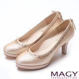 MAGY 絕美婚鞋 璀璨水鑽後踵蝴蝶結高跟鞋-金色