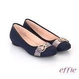 【effie】都會休閒 全真皮金屬皮帶飾扣低跟鞋(藍)