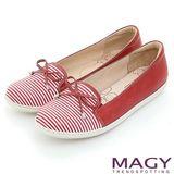 MAGY 休閒舒適 皮革蝴蝶結條紋平底鞋-紅色