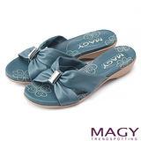 MAGY 休閒時尚舒適 方型寶石點綴低跟拖鞋-藍色