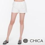 CHICA 縫線小格短褲-白色