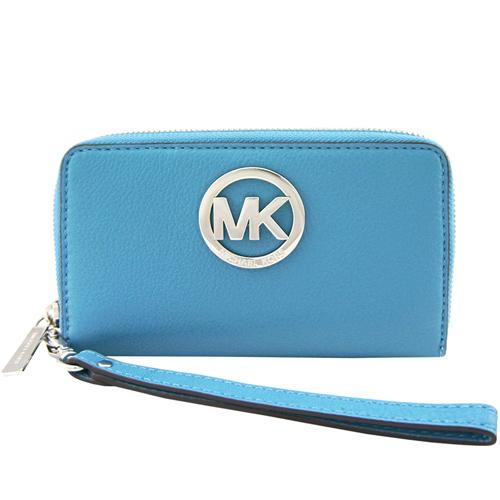 MICHAEL KORS Fulton圓MK牌飾荔枝紋牛皮對開中夾/手機夾(粉藍)