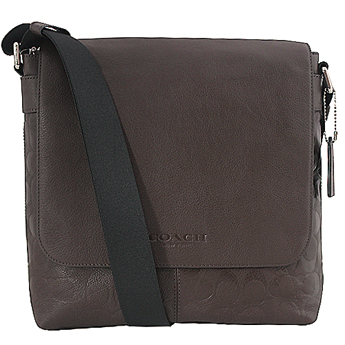 【COACH】經典C LOGO壓印皮革掀蓋斜背包(咖啡)