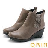 ORIN 經典復古 素面俐落側邊毛線布料坡跟短靴-可可