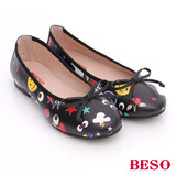 BESO 潮人街頭風 玩味風趣蝴蝶結平底鞋(黑)