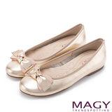 MAGY 甜美可愛系 牛皮扭結蝴蝶結平底娃娃鞋-金色