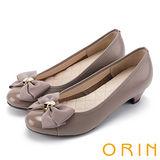 ORIN 輕熟甜美 嚴選牛皮甜美蝴蝶結中跟鞋-可可
