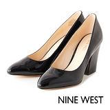 NINE WEST--簡約漆皮粗跟尖頭高跟鞋--簡約黑