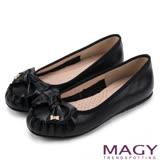 MAGY 復古甜美 手工縫線牛皮蝴蝶結鑽飾平底鞋-黑色