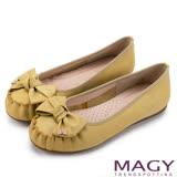 MAGY 復古甜美 手工縫線牛皮蝴蝶結鑽飾平底鞋-黃色