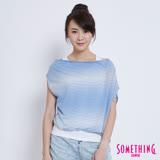 SOMETHING 假兩件浪漫知性斜肩T恤-女-水藍色