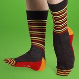 『摩達客』瑞典進口【Happy Socks】棕紅黃半橫紋中統襪
